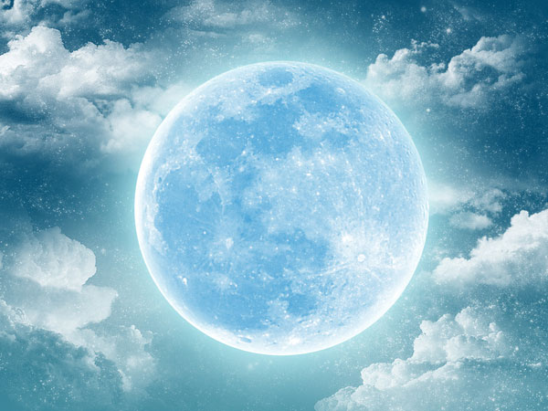 luna-azul-1